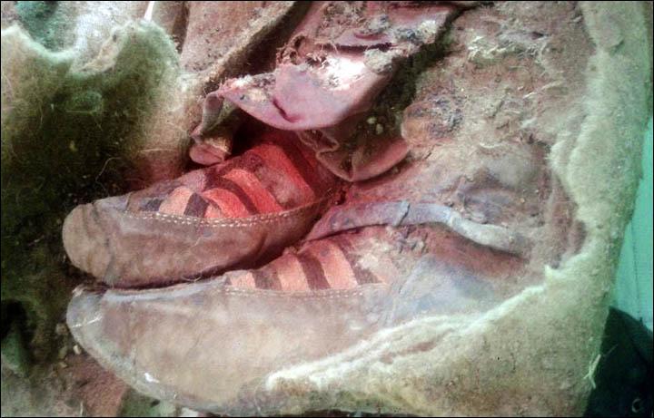archaeform-mummy-mongolia-clothes-adidas
