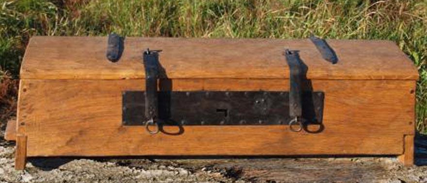 viking-toolbox-recontruction-archaeform.2.web